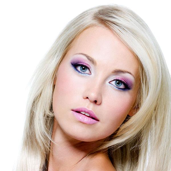 Maquillaje ojos azules pelo rubio. Full,Size Image